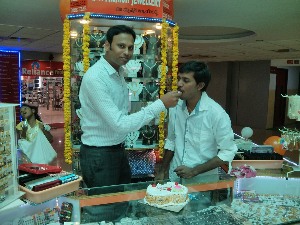 Ravi Fashion Jewellery 1st Anniversary  @ Coastal City Center, Bhimavaram - Events & Shopping in Bhimavaram